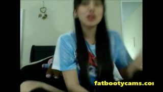 Asian Schoolgirl has never had sex – fatbootycams.com