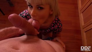 Blonde Blowjob Addict Kelly White Sucks Jumbo Dick For Loads Of Jizz