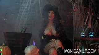 Halloween in Norway with monicamilf and the beast
